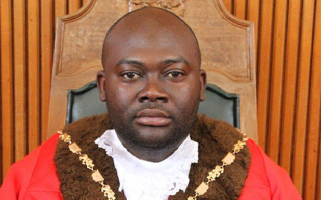 COUNCILLORS PUSH FOR MUTARE MAYOR OUSTER