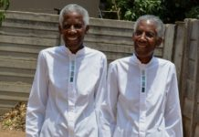 TWIN GRANNIES CELEBRATE BIRTHDAY IN STYLE