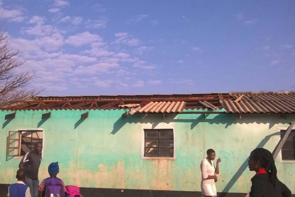 HOUSES, SCHOOLS AND ROADS BADLY DAMAGED IN BEITBRIDGE STORM
