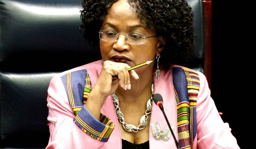 SA SPEAKER OF PARLIAMENT DEFENDS ZIMBABWE MILITARY TAKEOVER