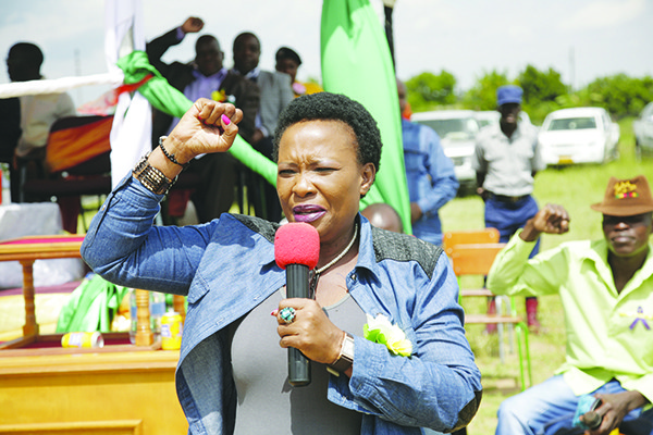 DISPUTE AS DJ IS ORDERED TO PLAY KUTONGA KWARO FOR FIRST LADY'S MANICALAND VISIT