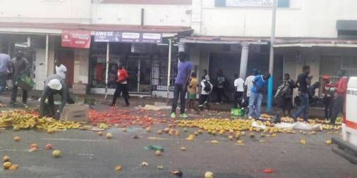 VENDORS CLASH WITH MUNICIPAL POLICE IN HRE CBD