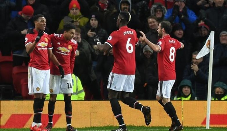 Man Utd Brush Aside Stoke