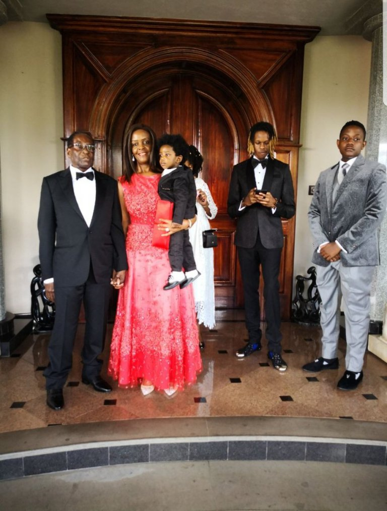MUGABE 'private' BIRTHDAY PARTY : PICTURES