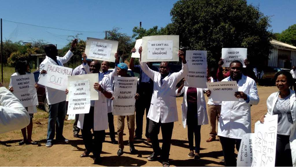 DOCTORS STRIKE !