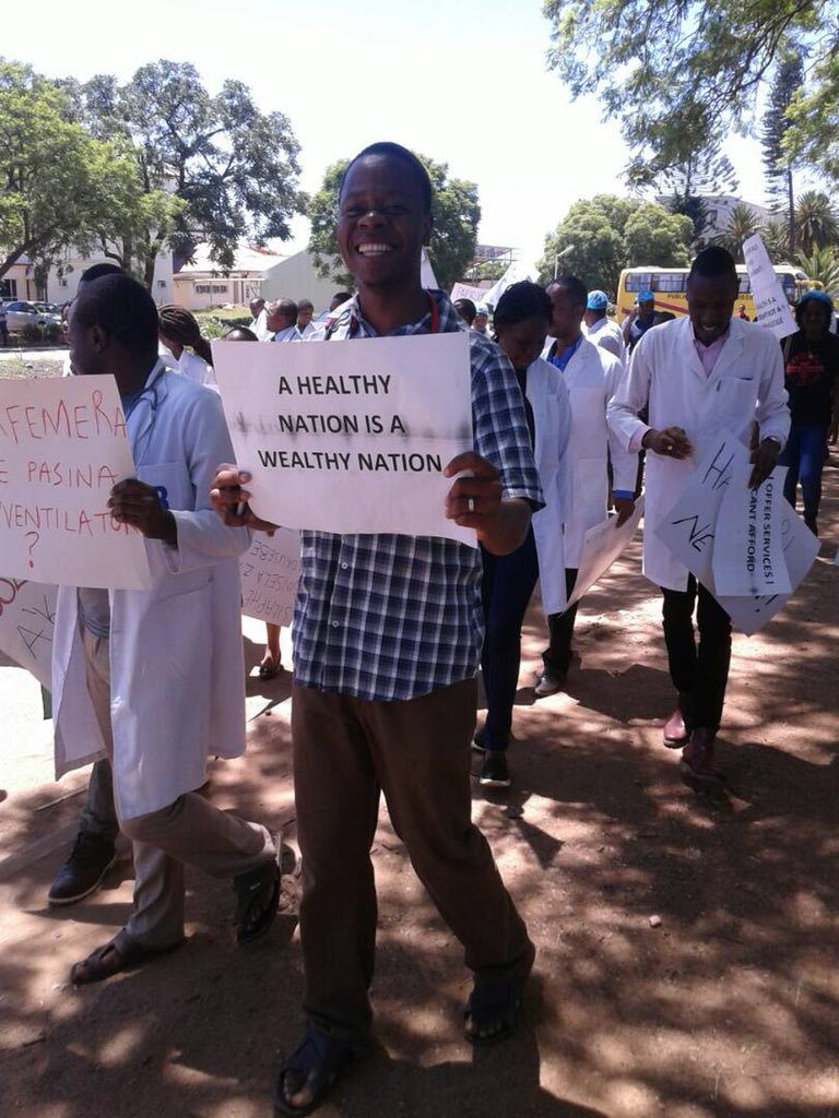 GOVT MAKES NEW RESOLUTIONS ON DOCTOR'S STRIKE
