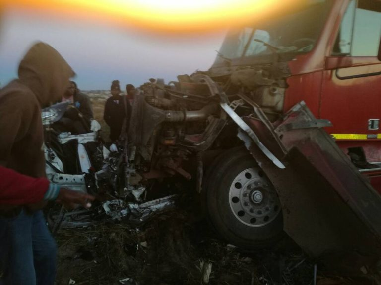 HORROR CRASH ALONG CHITUNGWIZA ROAD