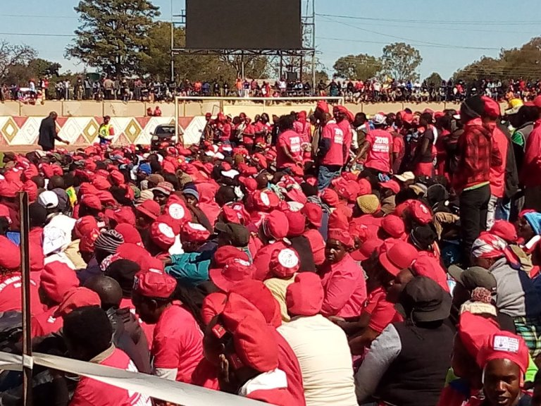 CHAMISA WHITE CITY STADIUM RALLY A HIT : PICTURES