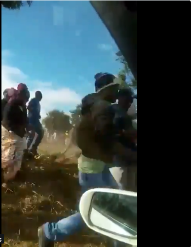VIDEO: Soldiers 'Bar' Zanu Pf Supporters From Leaving ED Rally