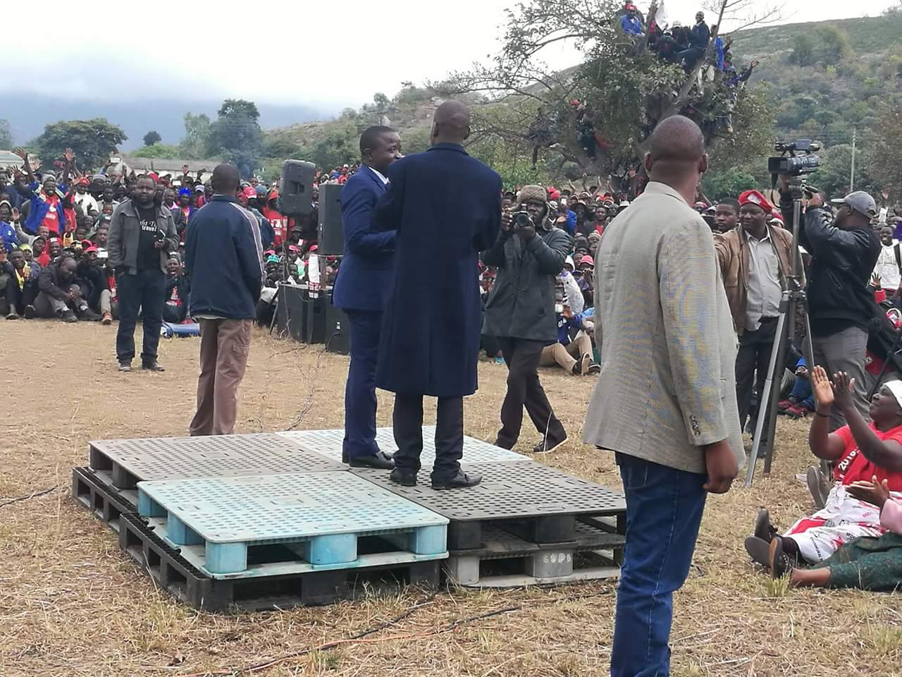 Security Details Apply Force On Stubborn Member To Protect Chamisa