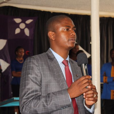 Chaos descends at Apostle Chiwenga's church
