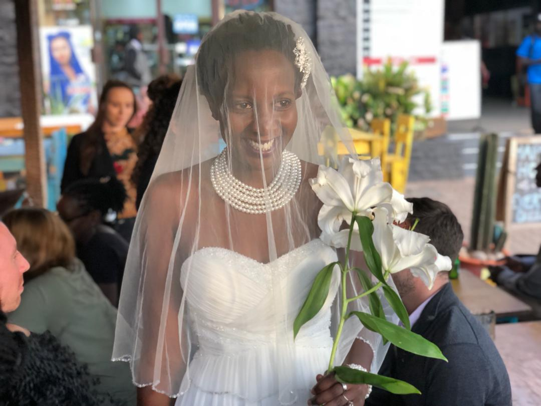 WOMAN WEDS HERSELF