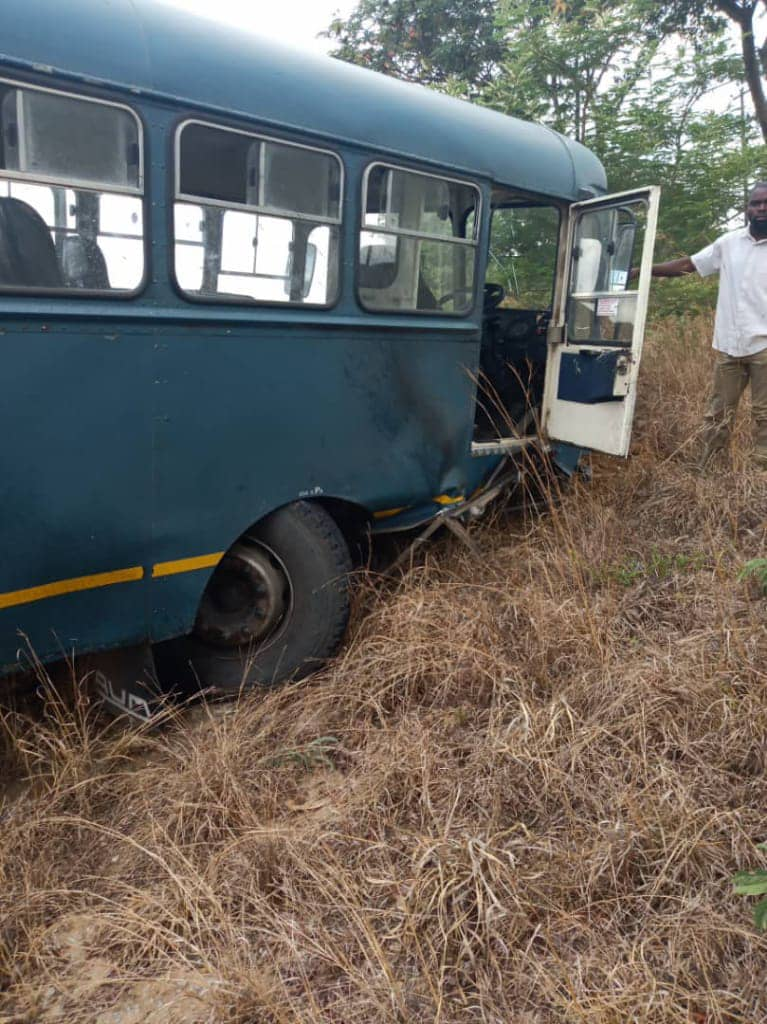 AIRFORCE BUS IN HEAD-ON COLLISION