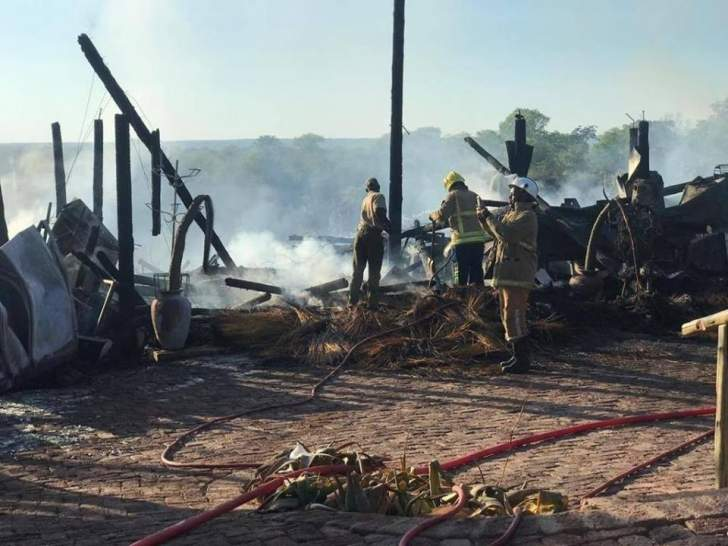 Victoria Falls Cafe BURNT To Ashes