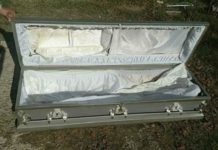 Secondhand coffin seller confesses !