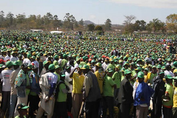Zanu PF youths organize Mnangagwa solidarity march #EDWillNeverWalkAlone