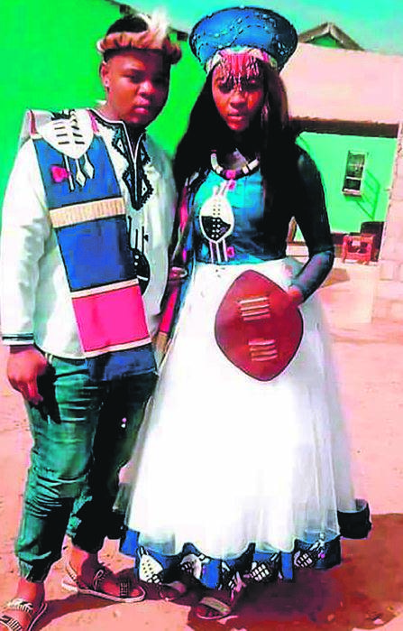 TEEN LOVEBIRDS WED