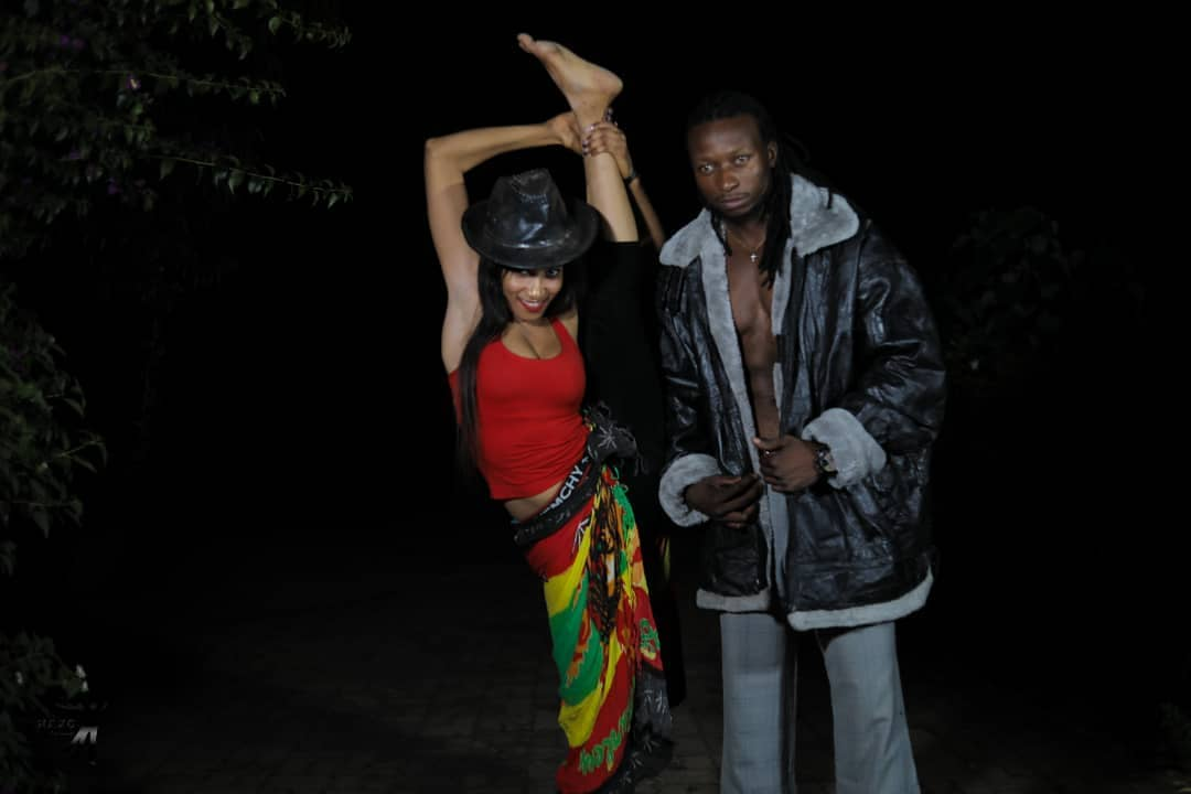 """Baba Harare Drops Video For """"Automatically"""" Starring Bev"""