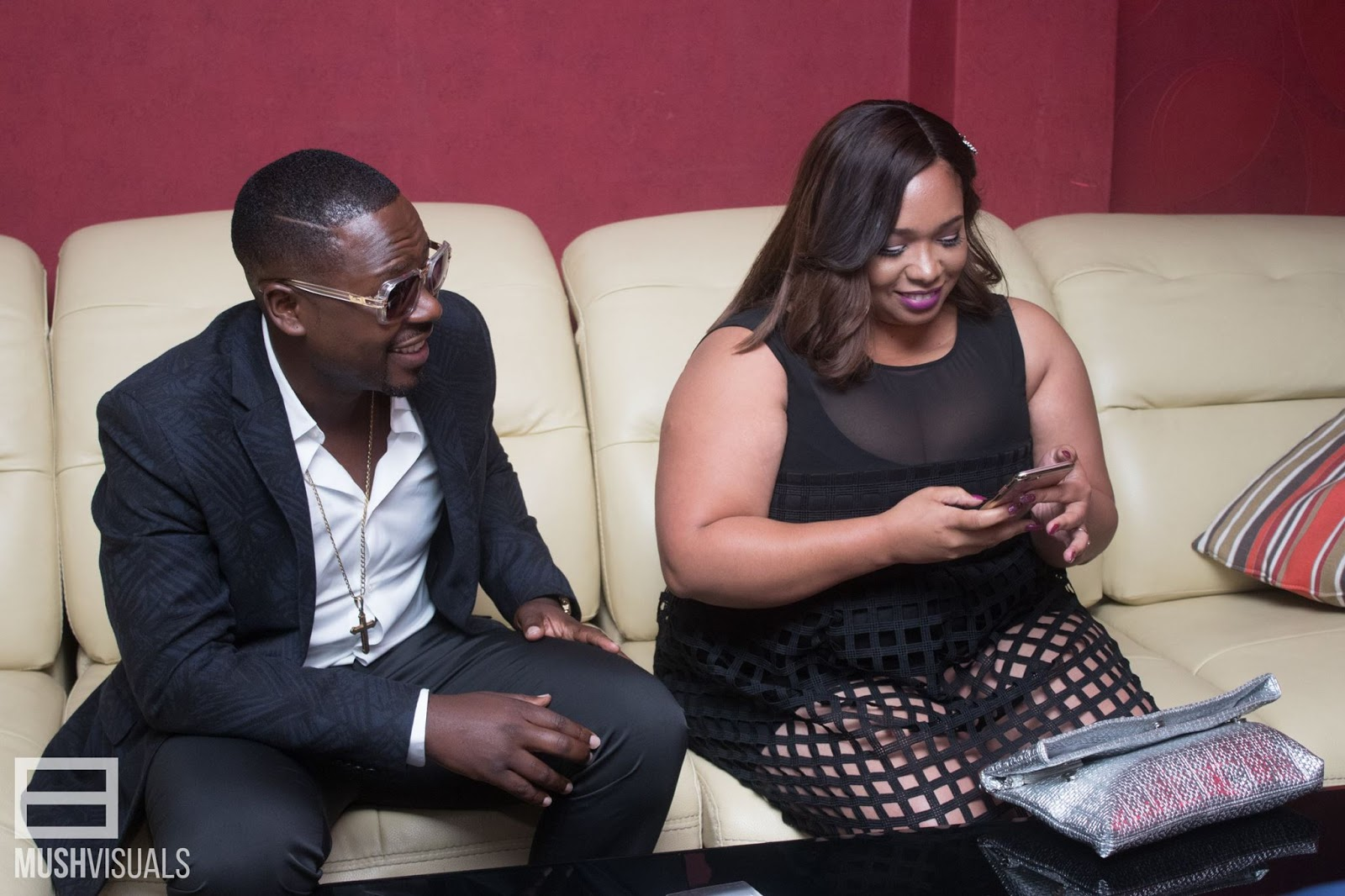 Rumour: Olinda wanted to meet with Stunner in Turkey, bought him iPhone