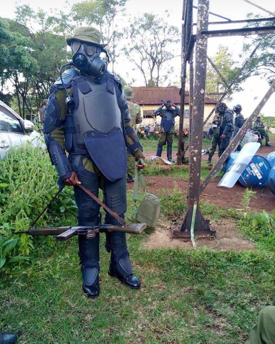 Police officer prays before arresting pastor for violating lockdown rules The lockdown rules issued by the government prohibit any gathering and the police have been busy arresting people who do otherwise.