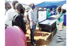Drama-AS-Murdered-mans-family-holds-funeral-service-at-killers-home.jpg