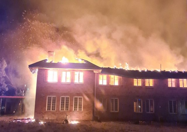Doctors' Residence At Mpilo Hospital Goes Up In Flames, Some Lose Everything In Fire