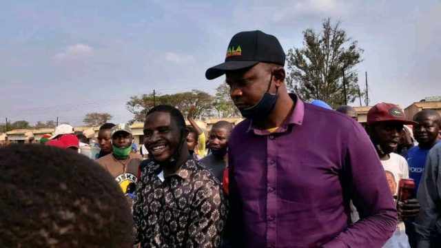 ZANU PF Councilor wept over the allocation of vending stalls!